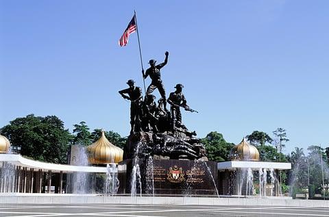 Национальный монумент малайлия