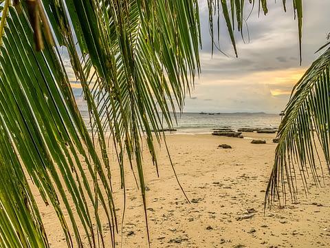 закат на острове Тиоман Малайзия