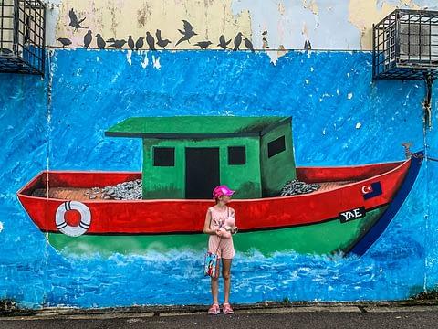 стрит арт малайзия mersing рыбацкая лодка