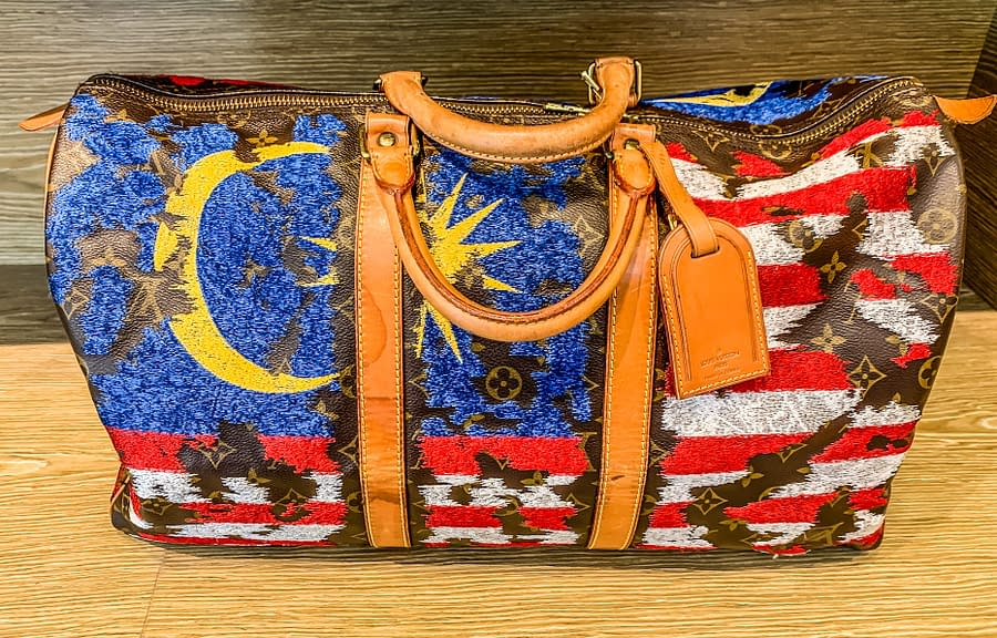 сумка lui vitton с малайзийским флагом